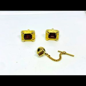 Other - Vtg Gold tone cuff link set brown stone